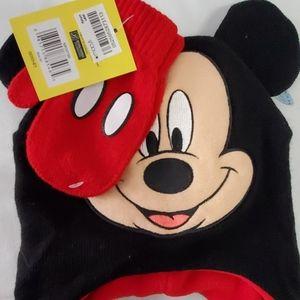 Boys Mickey hat amd gloves